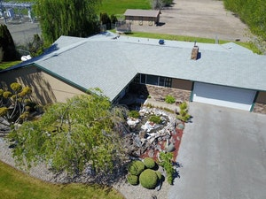 Selah Home, WA Real Estate Listing