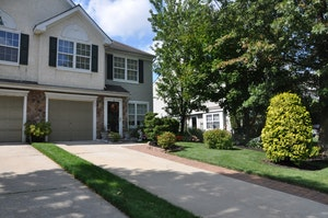 Marlton Home, NJ Real Estate Listing