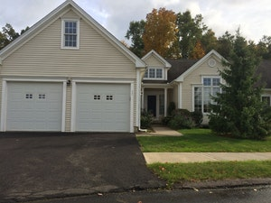 Suffield Home, CT Real Estate Listing