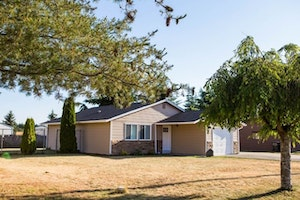 Yelm Home, WA Real Estate Listing
