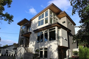 Seattle Home, WA Real Estate Listing