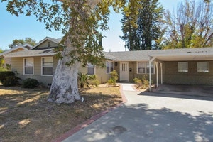 West Hills Home, CA Real Estate Listing