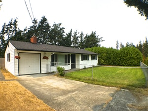 Oak Harbor Home, WA Real Estate Listing
