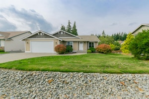 Camano Island Home, WA Real Estate Listing